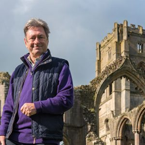 Alan Titchmarsh in front of British castle
